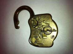 My Eagle Trojan 8 Lever cutaway padlock Under Lock And Key, Key Lock, Antique Keys, Vintage Keys, Old Keys, Knobs And Knockers, Padlocks, Cutaway, Attic