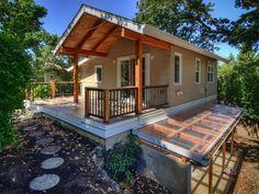 Backyard Cottage Plan 890-3 by Nir Pearlson