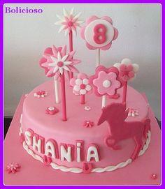 paard taart / horse cake https://www.facebook.com/bolicioso
