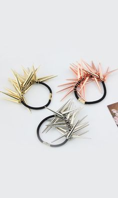 I already have the gold retro punk rivet Hair loops hair rope, but I want the pink one!