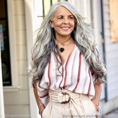 Instagram Going Gray, Beauty Industry, Gray Hair, About Hair, Hair Beauty, Feminine, Grey, Beautiful, Instagram