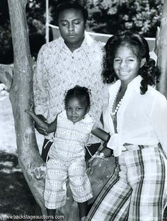 Rebbie jackson, and her husband Nathaniel Brown and Janet Jackson Jermaine Jackson, Jackson Family, Jackson 5, My Black Is Beautiful, Black Love, Black Art, Black Couples, Couples In Love, Michael Jackson