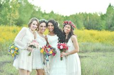 Can guests white to a wedding?