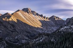 One of the Colorado 14ers - Longs Peak Sunset in the Rocky Mountain National Park, Colorado - Aaron Spong