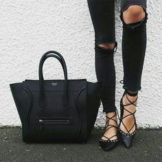 Céline tote bag in black- Celine tote bags… Celine Tote Bag, Celine Luggage, Tote Bags, Fendi, Look 2015, Lace Up Ballet Flats, Lace Shoes, Inspiration Mode, Inspiration Fitness