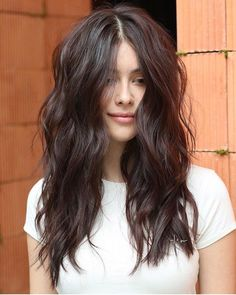 Best Photos long Brunette Hair Strategies Several girls usually are born red, even though perhaps less will be pure redheads. Curls For Long Hair, Long Hair Cuts, Curls Hair, Blonde Curls, Short Blonde, Messy Wavy Hair, Long Hair Waves, Wavy Curls, Short Ombre