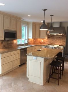 Captivating We Are Your Kitchen Remodeling Experts! Build It Right LLC Serves Walworth,  Waukesha And Milwaukee County   Oconomowoc, Hartland, Delafield, Pewaukee  And ...
