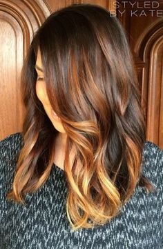 love this - brunette with highlights hair color ideas - Couleur Cheveux 02 Brunette Highlights, Hair Color Highlights, Brunette Hair, Balayage Highlights, Ombre Balayage, Golden Highlights, Caramel Balayage, Brunette Color, Caramel Highlights