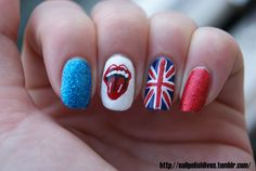 Image discovered by 阿黛拉. Find images and videos about blue, nails and nail art on We Heart It - the app to get lost in what you love. Creative Nail Designs, Creative Nails, Nail Art Designs, British Flag Nails, Union Jack Nails, Fun Nails, Pretty Nails, One Direction Nails, Rolling Stones Tattoo