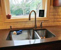 Exceptional Kitchen Remodeling Choosing a New Kitchen Sink Ideas. Marvelous Kitchen Remodeling Choosing a New Kitchen Sink Ideas. Kitchen Sink Taps, Kitchen Redo, Kitchen Styling, New Kitchen, Kitchen Ideas, Awesome Kitchen, Kitchen Designs, Kitchen Sink Ideas Undermount, Bathroom Sinks