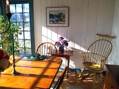 primitive diningroom windsor