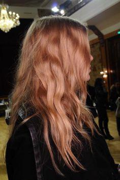 Strawberry strands (via @freepeople) // #hair
