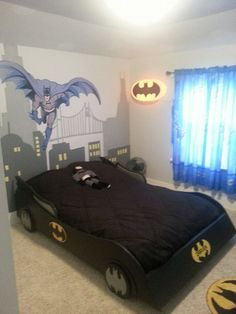 Batman Headboard W Repurposed Old Windows....ummm Love This With My Whole  Heart. | Home | Pinterest | Repurposed, Batman And Room