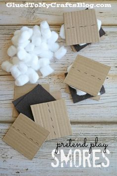 Pretend Play Smores - Busy Bag Idea Made From Cardboard Pretend Play Smores - Easy Busy Bag Idea Preschool Themes, Preschool Lessons, Preschool Activities, Preschool Centers, Preschool Camping Crafts, Campfire Crafts For Kids, Preschool Camping Theme, Camping Theme Crafts, Preschool Summer Camp