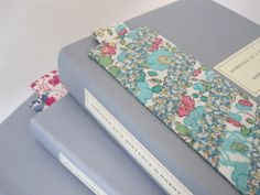 Flossie Teacakes: A tutorial: how to make a fabric bookmark