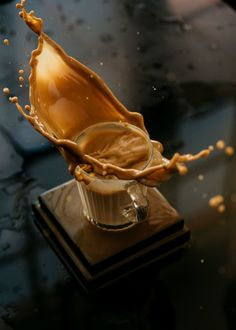 5 Things I learned about Splash Photography Coffee Shop Photography, Milk Photography, Splash Photography, Shutter Photography, Product Photography, Tea Recipes, Coffee Recipes, Tea Wallpaper, Espresso