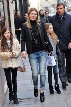 Gwiazdy prywatnie: Kate Moss w Paryżu, 01.03.2014, fot. East News