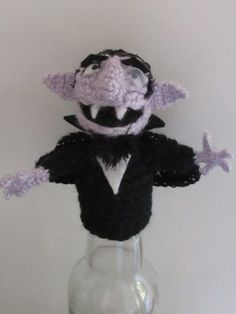 The Count Finger Muppet free crochet pattern by the Mad Crochet Lab