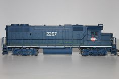 HO Scale Athearn Custom Missouri Pacific GP-35 diesel Locomotive Engine #2267 #Athearn