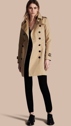 The Chelsea – Trench-coat Heritage mi-long Miel | Burberry