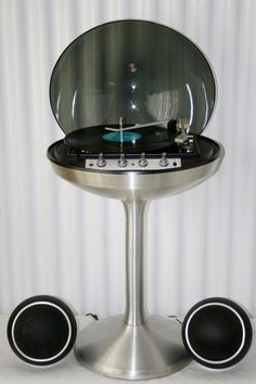 Bubble stereo...definately would loVE to find one of these!