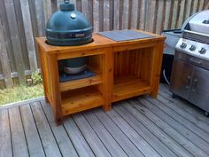 awesome looking table, just add wheels Big Green Egg Grill, Big Green Egg Xl, Big Green Egg Outdoor Kitchen, Big Green Egg Table, Diy Outdoor Kitchen, Green Eggs And Ham, Outdoor Kitchens, Grill Table, Grill Cart