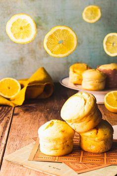 Muffins citron mascarpone Pate A Muffins, Mini Muffins, Gateaux Cake, Biscuits, Brunch, Cupcakes, Cheese, Desserts, Food