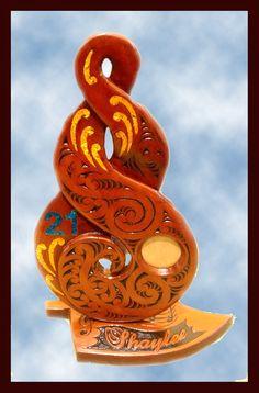 Maori Patterns, Knots Guide, Maori Designs, Key Design, 21st Birthday, Keys, Carving, Unique Key, Wood Carvings