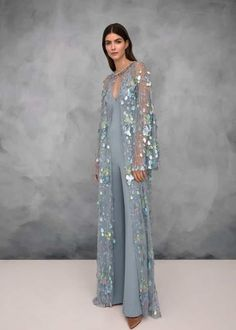 Vogue Fashion, Fashion 2018, Fashion Show, Fashion Dresses, Womens Fashion, Casual Dresses, Jenny Packham, Style Couture, Couture Fashion