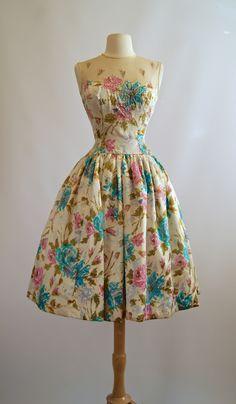 1950s Dress / Vintage 50s Dress at Xtabay.