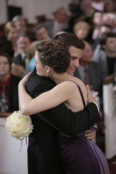"Booth and Bones from ""Bones""...adorable couple, and I like her hairstyle here."