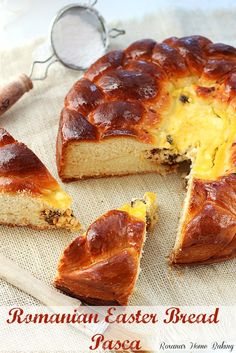 Pasca, Romanian Easter bread, is sweet, soft, enriched yeast bread baked in a springform pan with a cheese filling inside. Easter Bread Recipe, Easter Recipes, Romanian Food, Romanian Recipes, Turkish Recipes, Ukrainian Recipes, Pan Rapido, Bread Recipes, Gourmet