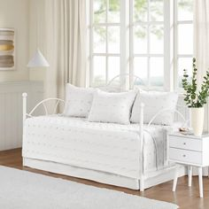 Brooklyn Cottage/Country 100% Cotton Jacquard 5Pcs W/Chenille Dots Day – English Elm Daybed Cover Sets, Daybed Sets, Daybed Bedding, Quilt Bedding, Bedding Sets, White Daybed, Furniture Covers, Quilt Sets, 1 Piece