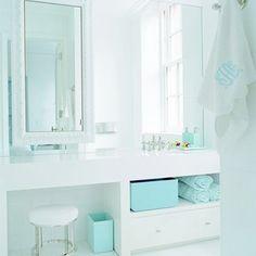 1000 ideas about tiffany blue bathrooms on pinterest blue bathrooms bathroom and tiffany - Tiffany blue bathroom ideas ...