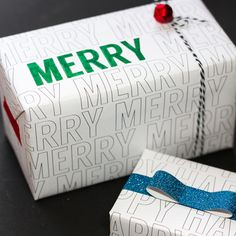 Craftaholics Anonymous® | Free Holiday Wrapping Paper