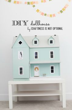 DIY dollhouse: living room and kitchen - craftiness is not optional