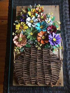 Painted pinecone flower wall arrangement by cat arrangement cat flower painted pinecone wall Diy Arts And Crafts, Fall Crafts, Crafts To Make, Wood Crafts, Diy Crafts, Pine Cone Art, Pine Cone Crafts, Pine Cones, Painted Pinecones