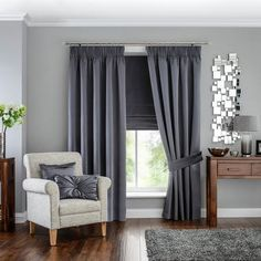 3 Lively Clever Hacks: Bamboo Blinds Living Room blinds and curtains living room.Grey Blinds Home window blinds photography.Blinds And Curtains Living Room. Living Room Blinds, Bedroom Blinds, Diy Blinds, House Blinds, Curtains Living, Living Room Grey, Living Room Decor, Curtains With Grey Walls, Thick Curtains