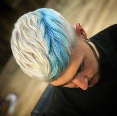 Boys Dyed Hair, Short Dyed Hair, Mens Hair Colour, Cool Hair Color, Hair Colors, Hair And Beard Styles, Curly Hair Styles, Cool Hairstyles For Men, Men's Hairstyles