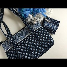 Vera Bradley Nantucket Navy Purse & Wallet In brand new condition! Wallet still has original tags. Never been used!  Make an offer using the offer button or bundle! Trades PP Vera Bradley Bags Shoulder Bags