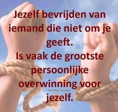 bevrijden Self Quotes, Top Quotes, Life Quotes, Dutch Quotes, Cool Writing, Love Hurts, Narcissistic Abuse, True Words, Beautiful Words