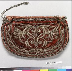 "Italian Purse or pouch, 17th C velvet and metal thread H. 4.5"" x W.7"" Met Museum 09.50.1146"