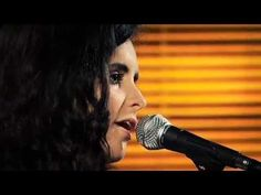 JOAN CHAMORRO & ANDREA MOTIS GROUP: Smile + Love is here to stay