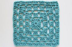 Lots of granny squares: So many lovely ideas on this blog! If you love chrochet work, check it out !