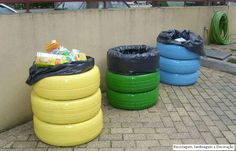 Another way to use tires: a trash can that won't blow away in the fierce winter wind. What to use for a lid?