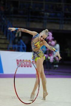 Yana Kudryavtseva, Russia, Grand Prix Moscow 2014. She is 1st in 2014 RG world ranking.