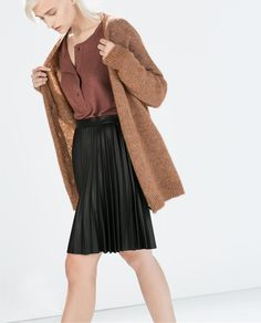 Perfect office skirt. Dress up with pumps or down with flats ZARA - SALE - PLEATED SHORT SKIRT http://www.zara.com/us/en/sale/woman/skirts/pleated-short-skirt-c437604p1985444.html