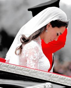 Marriage of His Royal Highness Prince William of Wales, K. with Miss Catherine Middleton Royal Wedding 2011, Royal Wedding Gowns, Royal Weddings, Princesse Kate Middleton, Kate Middleton Prince William, Prince William And Catherine, Kate Middleton Wedding, Kate Middleton Style, Duke And Duchess