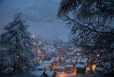 My friend spent Christmas in Switzerland last year. This was at dawn on Christmas Eve. Sigh... Switzerland at Christmas is definitely on my to do list!