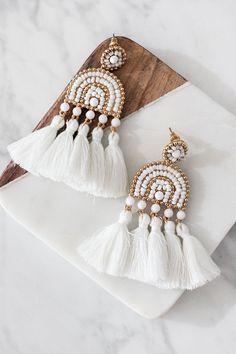 U Shaped Open Hoops in Gold fill, gold fill hoop earrings, hammered gold hoops, u shape gold hoop earrings, large hoop earrings - Fine Jewelry Ideas Fabric Earrings, Jewelry Design Earrings, Tassel Jewelry, Fabric Jewelry, Beaded Earrings, Earrings Handmade, Beaded Jewelry, Hoop Earrings, Diamond Jewelry
